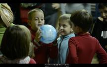 """Jugant amb el """"Planeta-preguntes"""", dinàmica per coneixe'ns millor"""