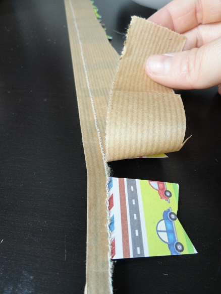 4. Arrancar la part més gruixuda del paper de base